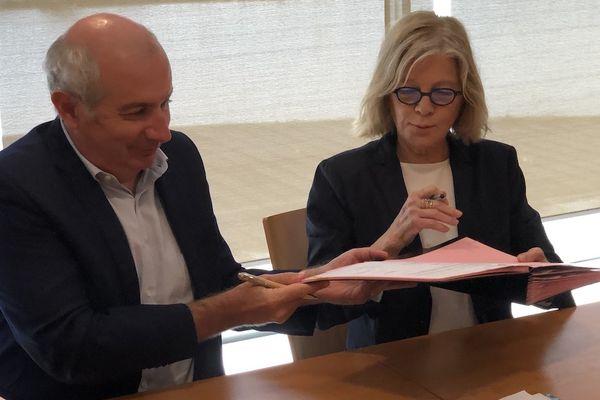 A Nouméa, le Contrat local de sécurité pour les années 2021 à 2025 a été signé par Laurent-Prévost et Sonia Lagarde, entre autres. 18 mai 2021