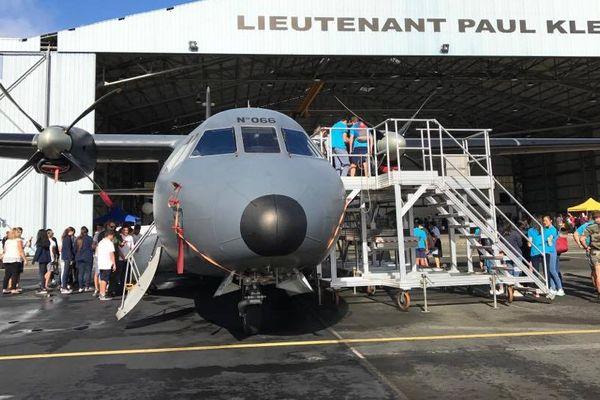 Journée métiers aéronautique base aérienne Paul-Klein Tontouta hangar appareil (22 juin 2017)