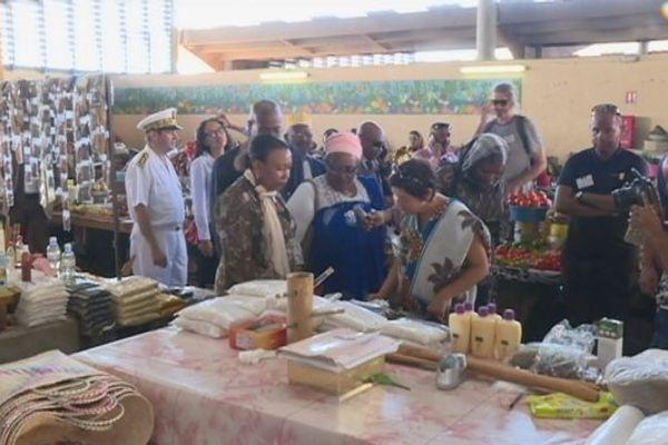 Girardin au marché de Mamoudzou
