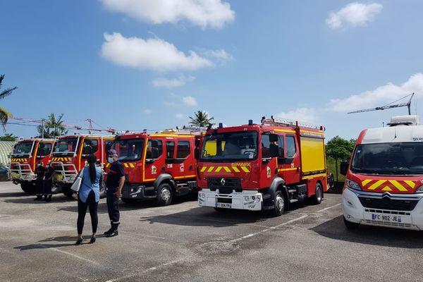 Remise de véhicules au SDIS