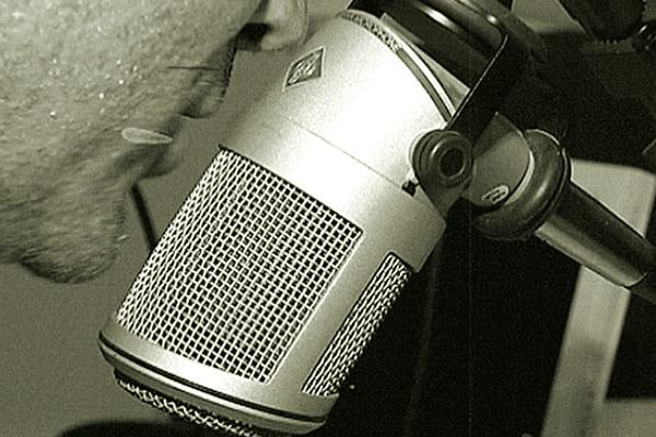 historique radio nouméa