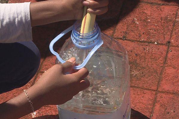 distribution eau Bras-Panon 150121