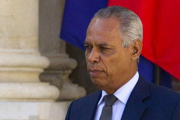 Le sénateur Victorin Lurel soutient le texte Magras