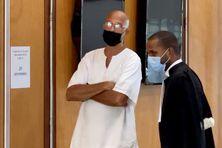 Luc Labonne et son avocat - (procès du 20 octobre 2021)