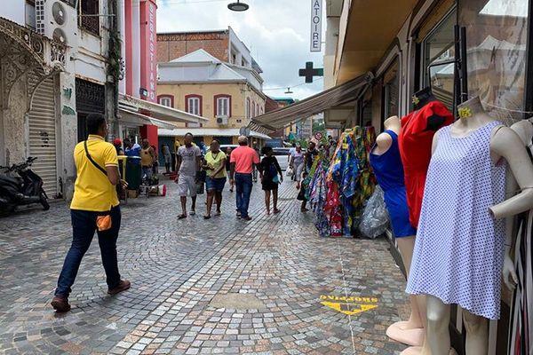 Scène de rue à Fort-de-France