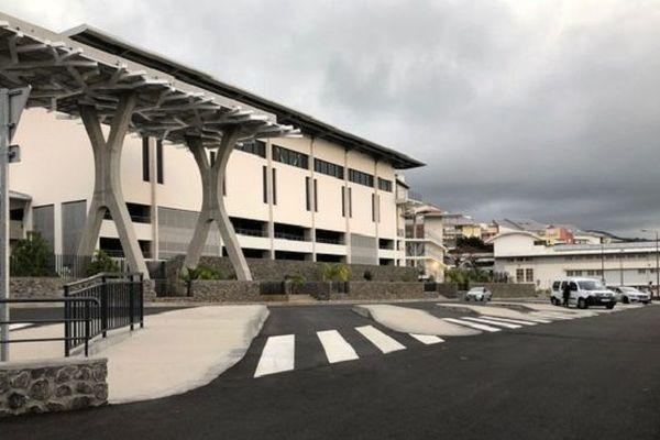 Le lycée Nord a été inauguré à Saint-Denis.