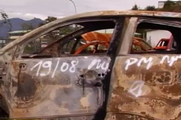 incendies voitures-220814