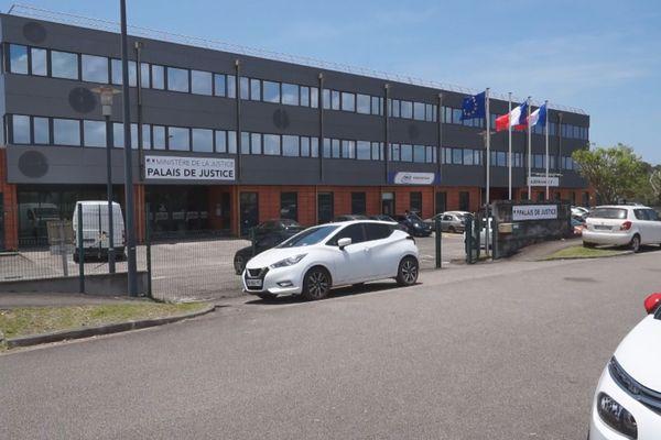 Les nouveaux locaux du palais de justice implantés au Larivot sur la commune de Matoury