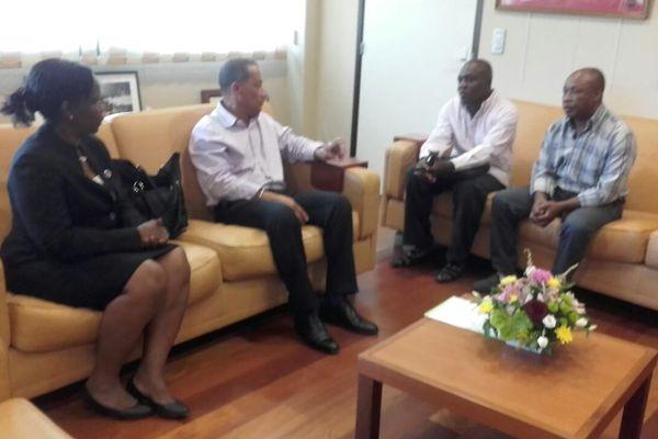 La consule d'Haïti, Rodolphe président de la CTG, les représentants de Collectif Haïti