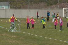 Ce mercredi 12 mai les enfants étaient réunis au stade John Girardin, des jeunes heureux de découvrir ou de redécouvrir la discipline
