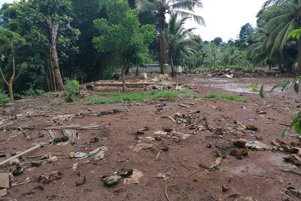 Mhogoni Dzoumogné cases illégales détruites