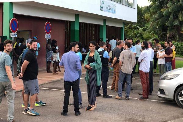 Grève au collège d'Apatou