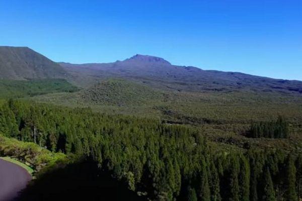 Les hauts dégagés de La Réunion