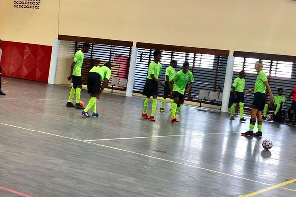 L'équipe de footsal de Mana 15 9 19