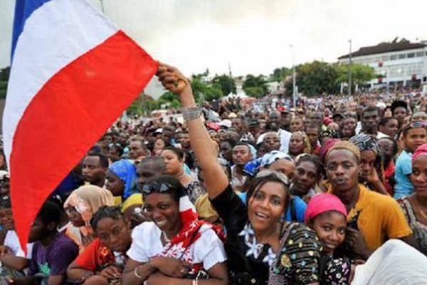 Echos de campagne J - 10 : vue de Mayotte