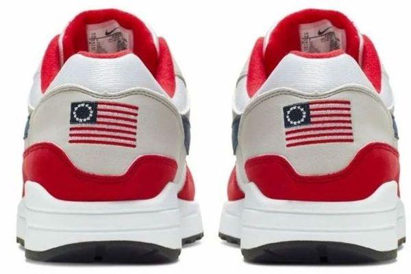 Nike drapeau esclavage