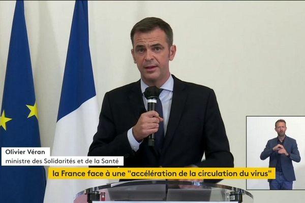 Tests, école, inquiétudes : ce qu'il faut retenir de l'intervention d'Olivier Véran