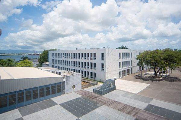 Université Antilles