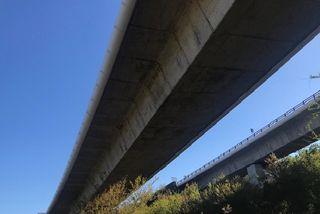 Pont sur la route des Tamarins