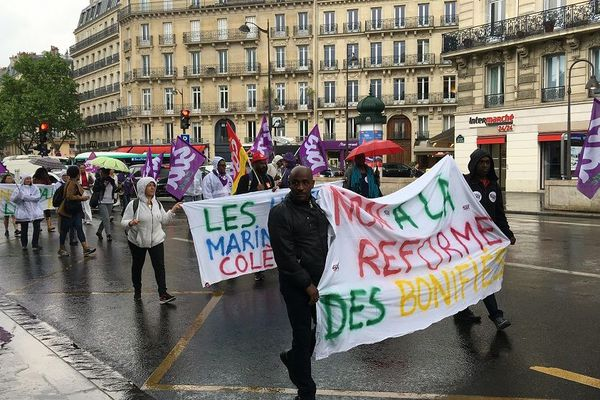 Manifestation du 21 mai contre les congés bonifiés à Paris