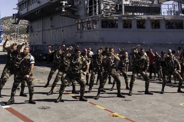 Haka de  l'équipe militaire du XV du Pacifique