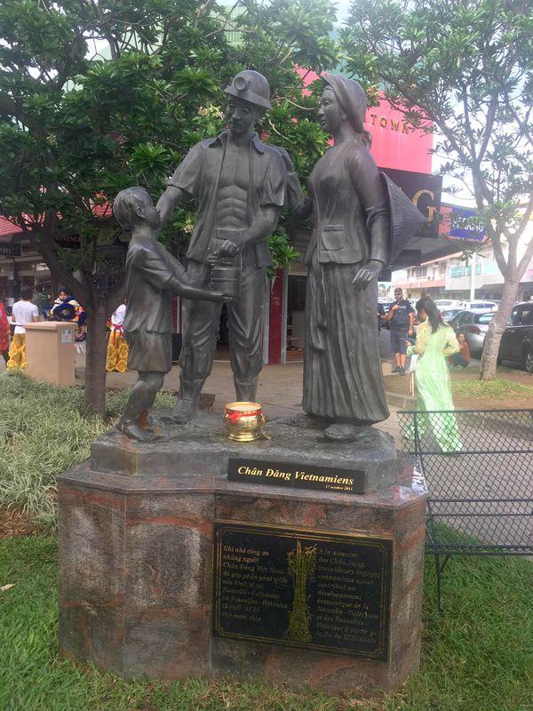 Commémoration des premiers Chan Dang, Nouméa, 15 mai 2021, statue du quartier chinois