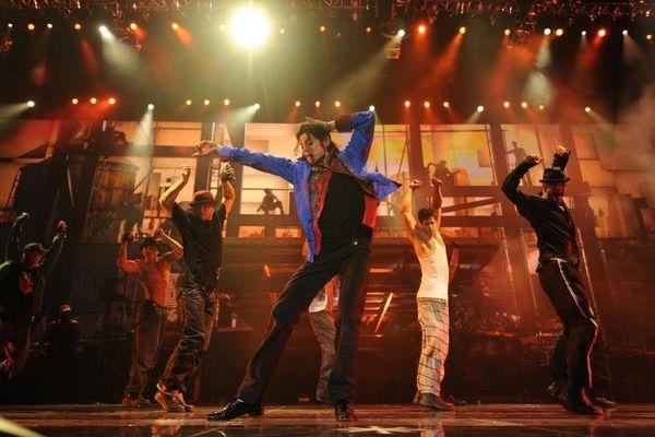 Les fans pleurent toujours Michael Jackson