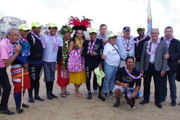 Au salon nautique, la Polynésie soutient la Vendée va'a