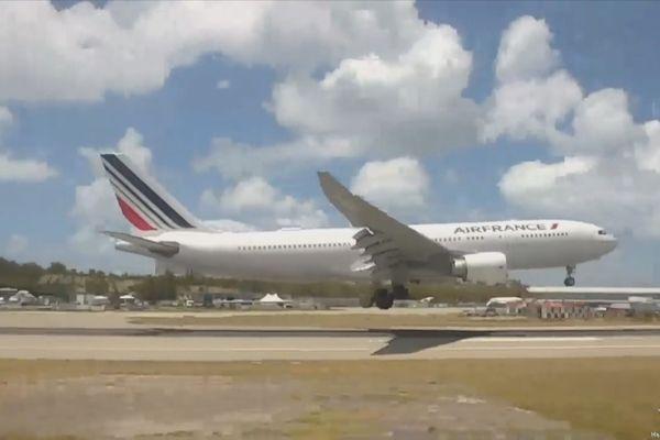 vol AF498 du 25 Avril 2021 reliant Paris-CDG à l'Ile de Saint Martin