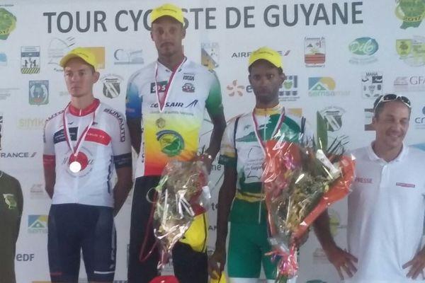 Le podium du contre la montre individuel de Montsinéry