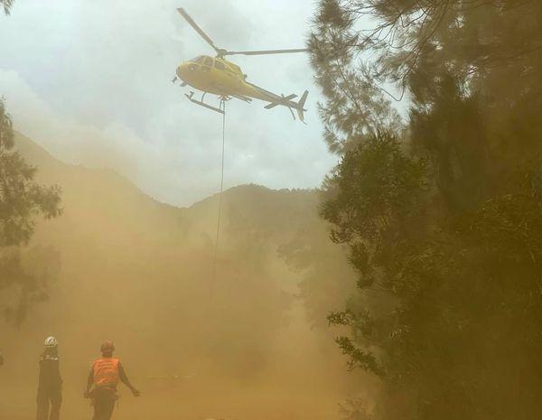 Incendie Dumbéa. Hélicoptère