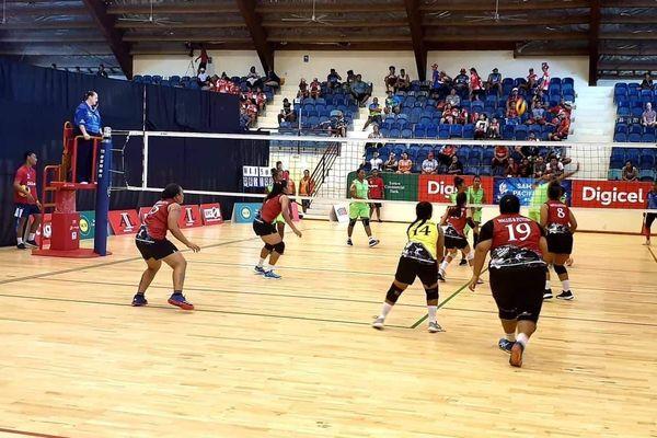 Volley équipe femme vs Salomon Apia 2019