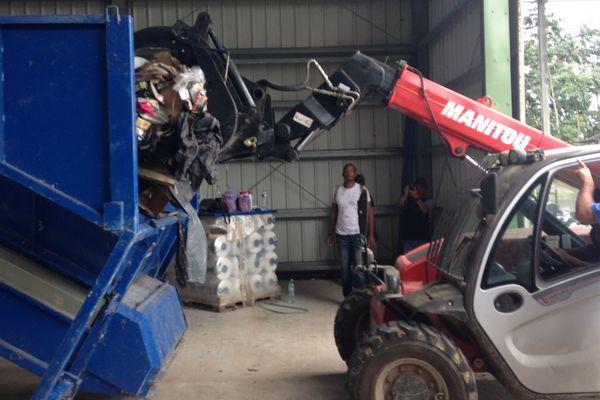 La machine à traiter les déchets de Grand Santi