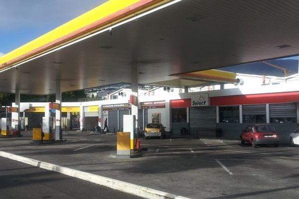 Pas une goutte de carburant pour les automobilistes réunionnais ce jeudi