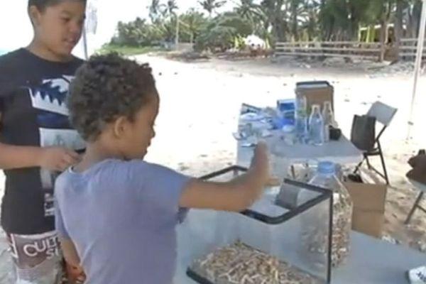 Ramassage cigarettes trou d'eau