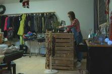 Sophie De Arburn, dans son dépôt-vente de Saint-Pierre et Miquelon