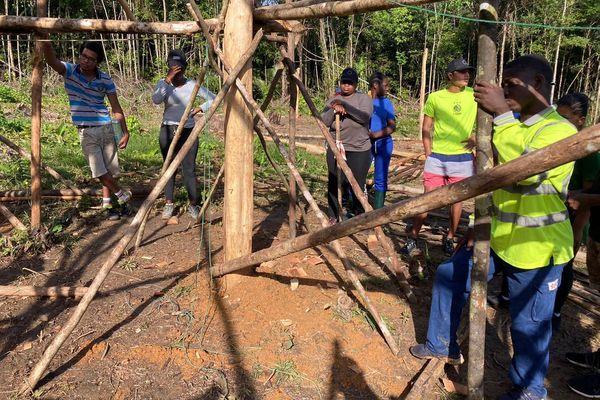 Douze jeunes en chantier solidaire à Saint-Georges de l'Oyapock