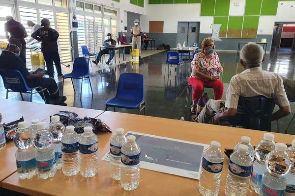 Première vaccination anti-Covid 19 à Mayotte