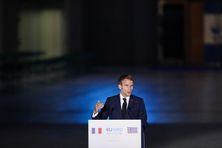 Le Président Emmanuel Macron vendredi à Athènes en Grèce, un allié de la France, pour le 8ème Sommet des pays du sud de l'Union européenne