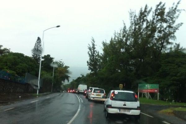 Embouteillages à la Rivière des Pluies