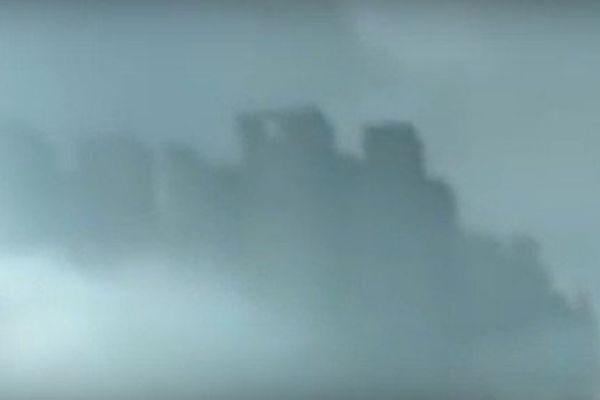 Chine : une ville fantôme dans les nuages