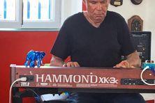 Décès du pianiste Claude Saint-Prix.