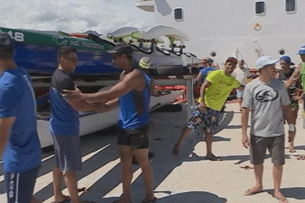 Les pirogues en route pour l'Hawaiki Nui Va'a