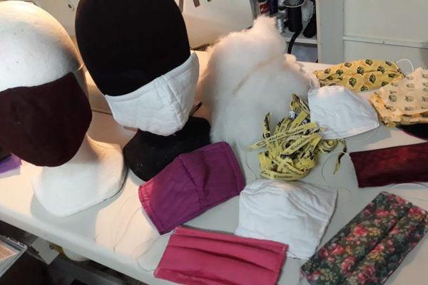 Masques en tissu réalisés par Dalva Péquin