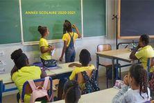 Élèves dans une classe en Martinique.