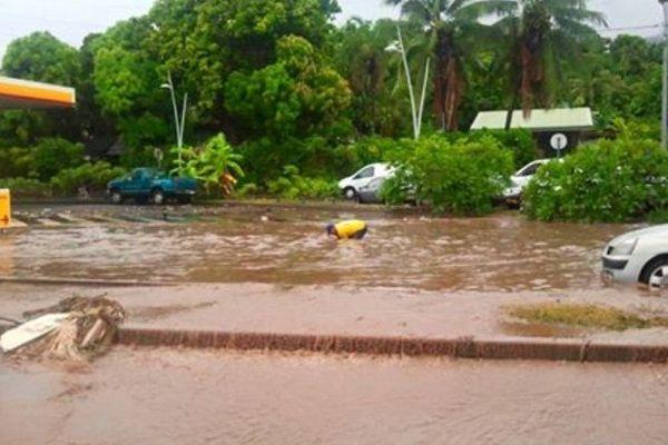 Inondation station à Punaauia