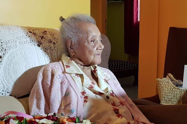 Hélène Tonru fête ses 107 ans à Saint-Philippe