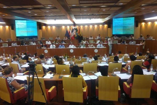 Les élus de Guyane réunis pour discuter du Pacte d'avenir