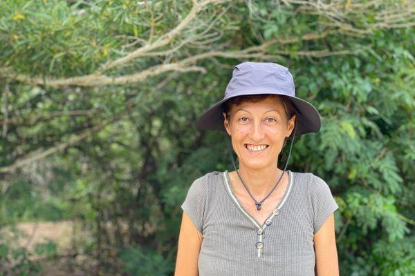 Isabelle Jollit, guide spécialisée en ornithologie