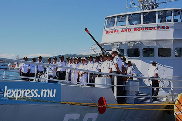 La défense de l'île Maurice dépend de l'Inde